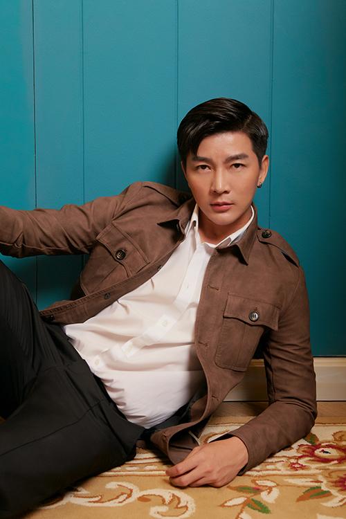 Ngoài vai trò MC cho chương trình Sắc màu thời đại trên VTV3, Nam Hee cho biết trong năm mới anh sẽ tham gia một số dự án phim ảnh và triển khai kế hoạch trở lại con đường ca hát.