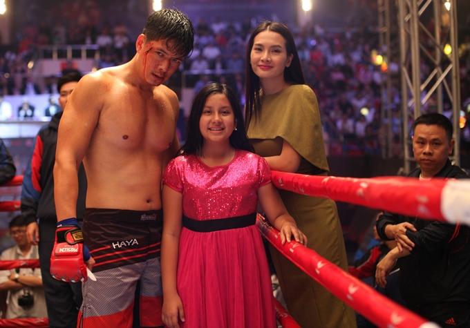 Bình Minh, Anh Thư và diễn viên nhí Angelina Raja.