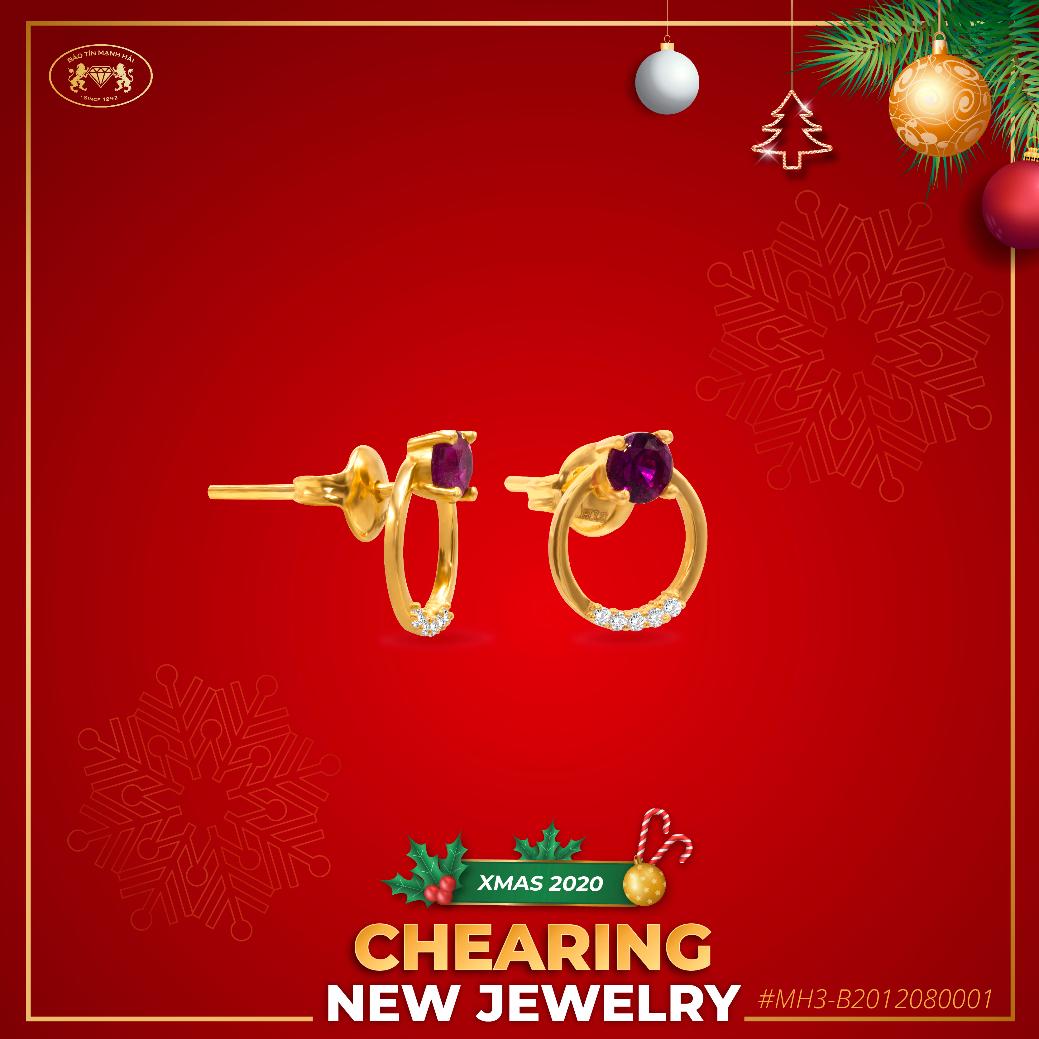 Bộ sưu tập trang sức Chearing là sự kết hợp hài hòa giữa vàng và đá quý.