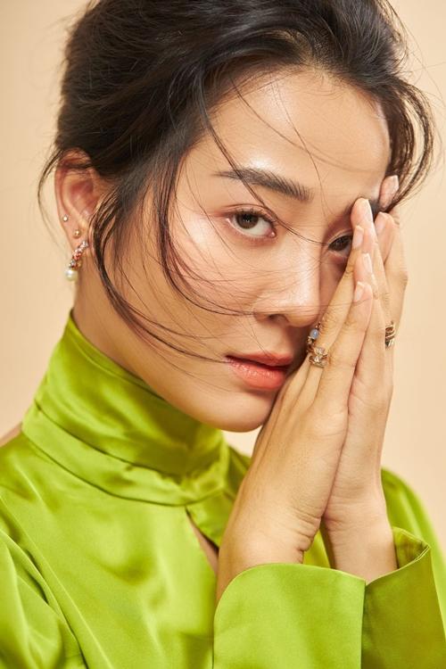 Karen Nguyễn đi qua khủng hoảng tuổi 25 và tiếp tục lo nghĩ về khủng hoảng tuổi 30.