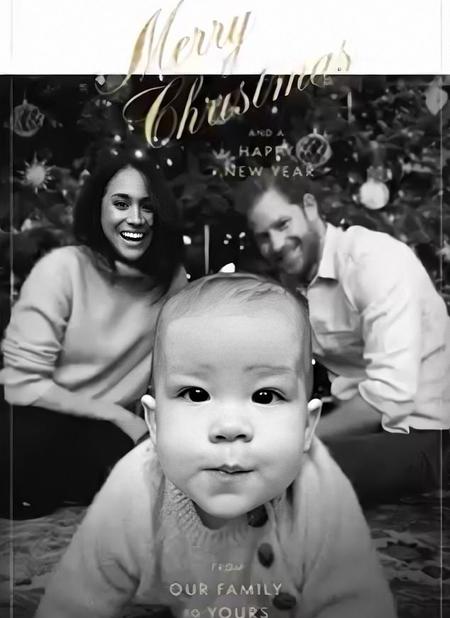 Ảnh Giáng sinh của nhà Sussex năm 2019. Ảnh: SussexRoyal.