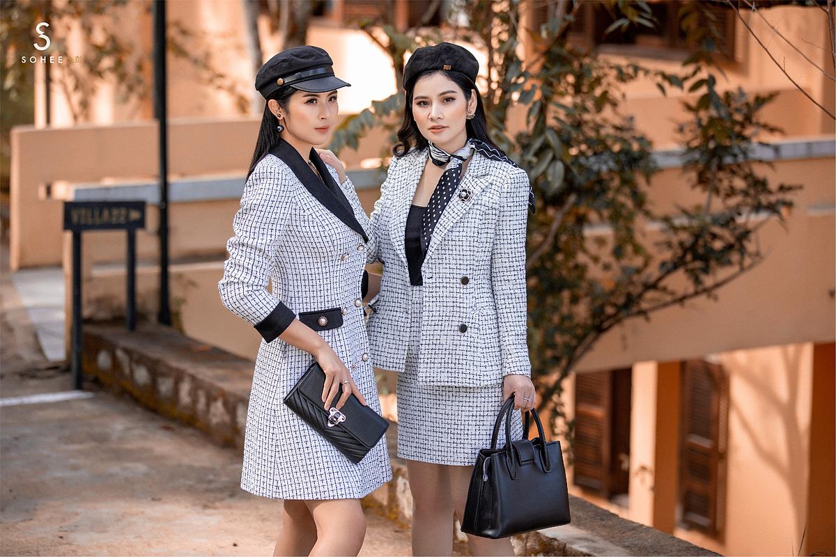 Thiết kế của Sohee trung thành với phong cách tối giản, thanh lịch nhưng tôn dáng nhờ kỹ thuật cắt may và chất lượng vải cao cấp, nhập khẩu từ Hàn Quốc, Nhật Bản. Trong đó, các dáng váy bút chì, đầm ngắn ngang đùi cùng vest công sở... là những thiết kế đặc trưng của thương hiệu và được nhiều khách hàng yêu thích.