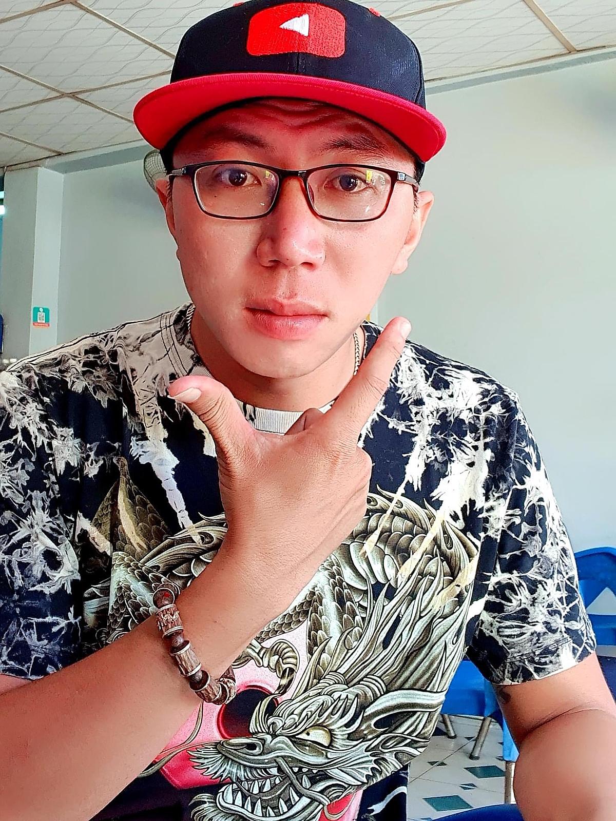 Nguyễn Thắng Phước mong muốn giúp được nhiều người khi làm Youtuber.
