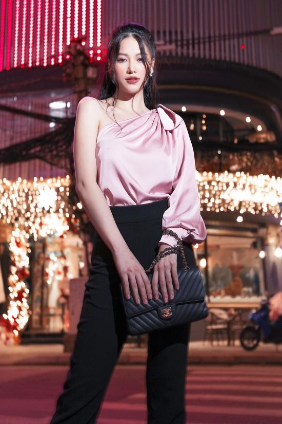 Hoa hậu Phương Khánh gợi ý váy áo dạo phố cuối năm - 14