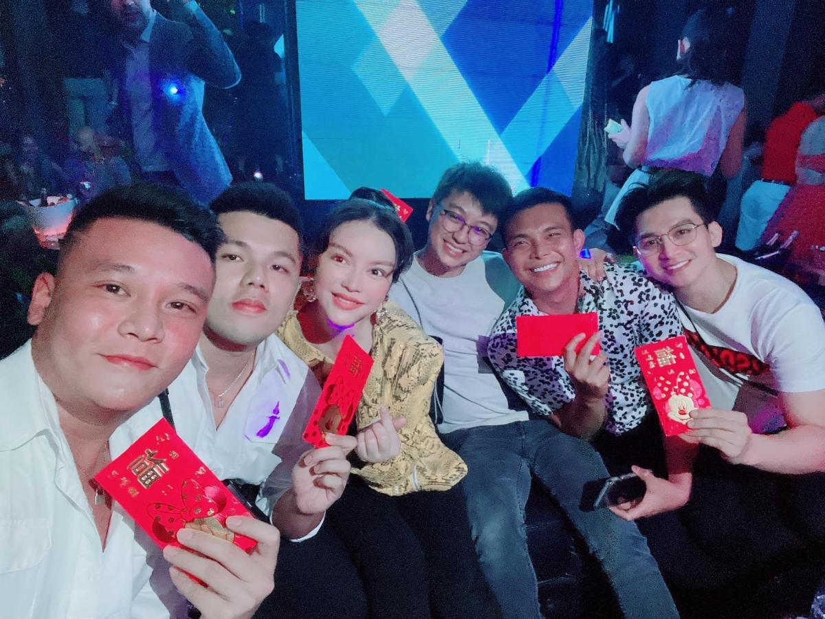 Tiệc tất niên của Lý Nhã Kỳ tại nhà hàng cao nhất Sài Gòn - 12