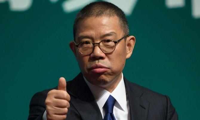 Zhong Shanshan, ông trùm nước đóng chai Trung Quốc, giàu nhất châu Á. Ảnh: China Daily.