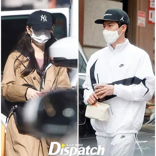 Sáng 1/1, thông tin Son Ye Jin và Hyun Bin đã chính thức hẹn hò được 8 tháng làm chấn động  làng giải trí châu Á. Ngay lập tức hàng loạt sao Hàn thể hiện sự ủng hộ cặp đôi vàng mới của showbiz. Khán giả trong và ngoài nước cũng thể hiện sự phấn khích và mong cả hai sớm về chung một nhà.