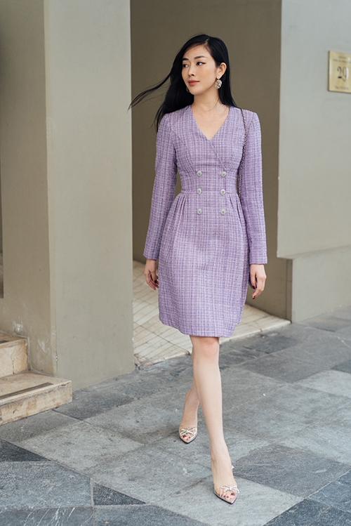 Với những ngày đông khi không khí không quá lạnh thì các mẫu váy tweed sẽ giúp phái đẹp cuốn hút hơn khi xuống phố.