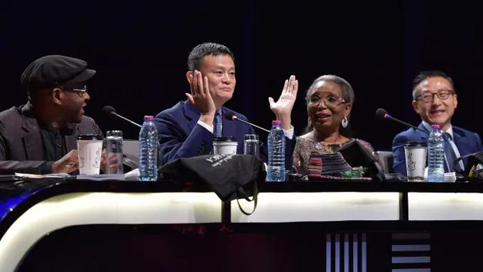 Jack Ma làm giám khảo trong chương trình thực tế The Apprentice tại châu Phi vào tháng 12/2019. Ảnh: Financial Times.