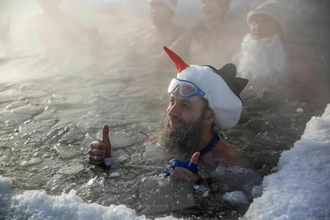 Những người đi tắm sông băng thậm chí còn bị gọi là điên rồ.