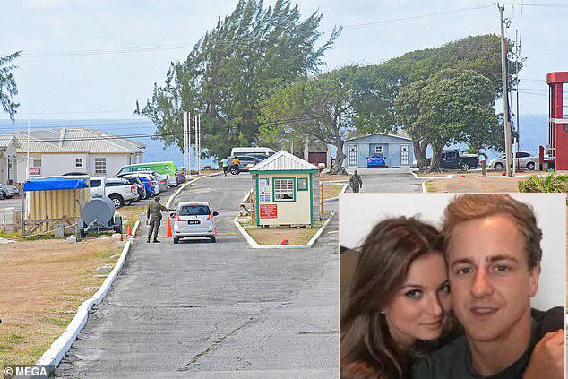 Cặp đôi đang bị giam giữ tại khu cách ly The Paragon ở Barbados.