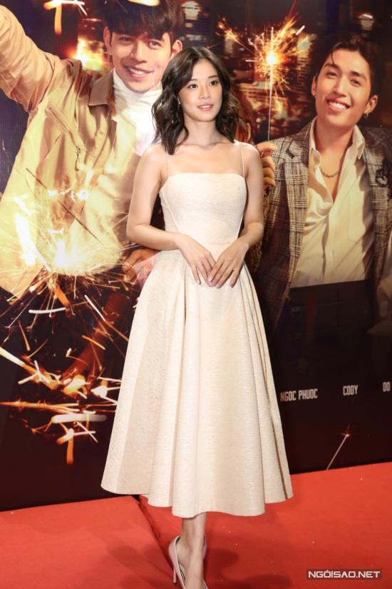 Hoàng Yến Chibi yêu thích đề tài về tình yêu đam mỹ và cùng slogan của phim: Có ai tin vào tình yêu của hai người con trai không?.