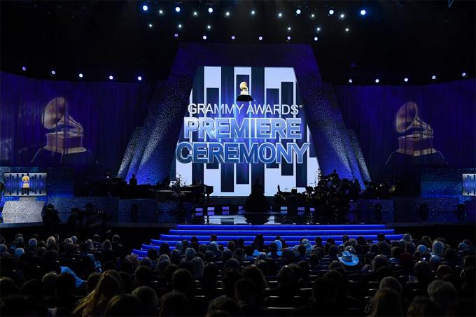 Grammy thường được tổ chức  tại trung tâm Staples.
