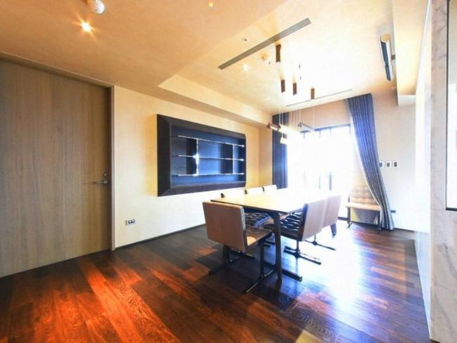 Căn hộ được thiết kế với đầy đủ các phòng chức năng.