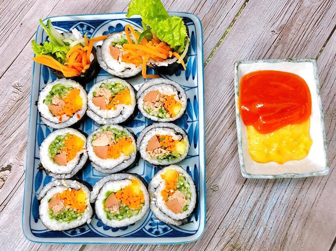 Kimbap cá ngừ