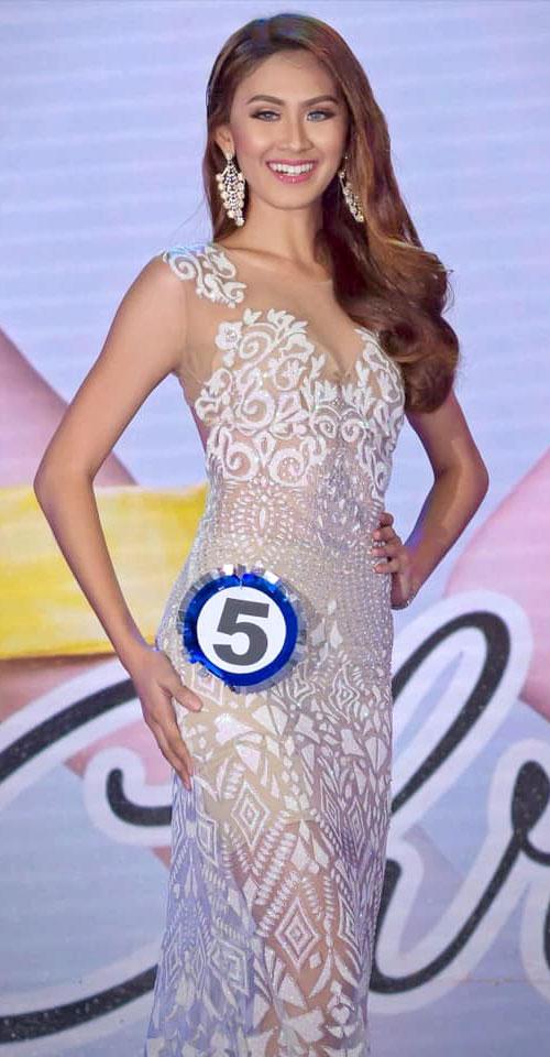 Christine Dacera đạt giải Á hậu cuộc thi Hoa hậu Davao (Miss Silva), sau đó trở thành tiếp viên hàng không.