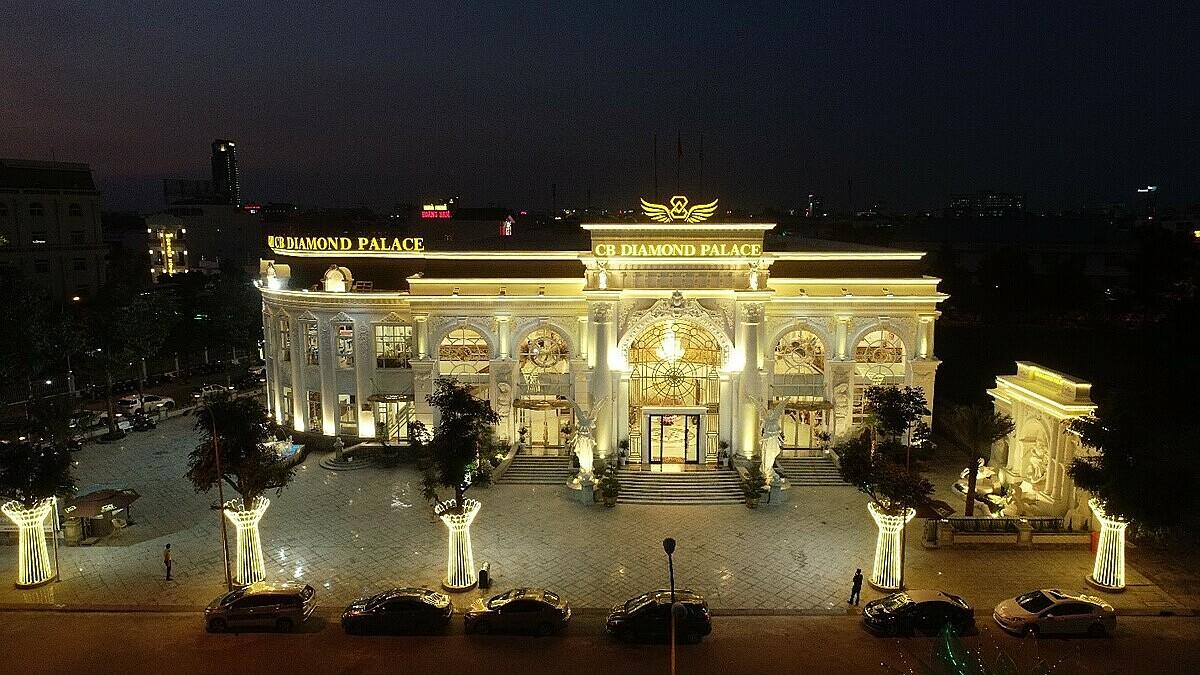 Trung tâm Hội nghị và Yến tiệc CB Diamond Palace tạo lạc tạo số 9A Lý Thái Tổ, phường Hưng Phú, quận Cái Răng. Ảnh: Lê Vinh.