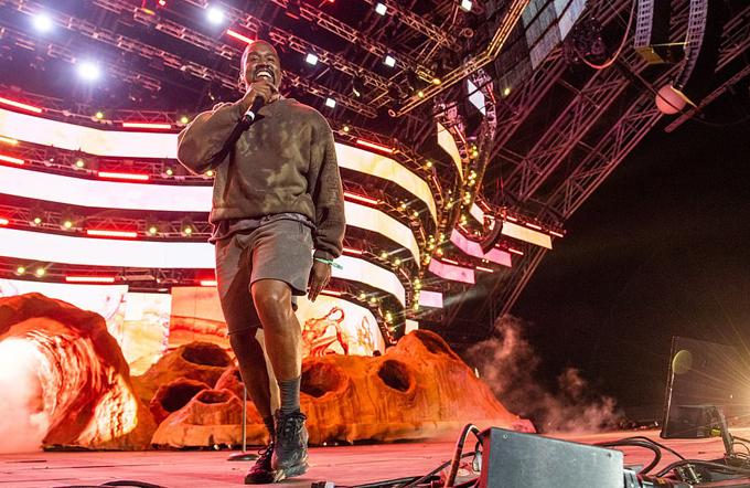 Kanye West là một nghệ sĩ lập dị nhưng tài năng.