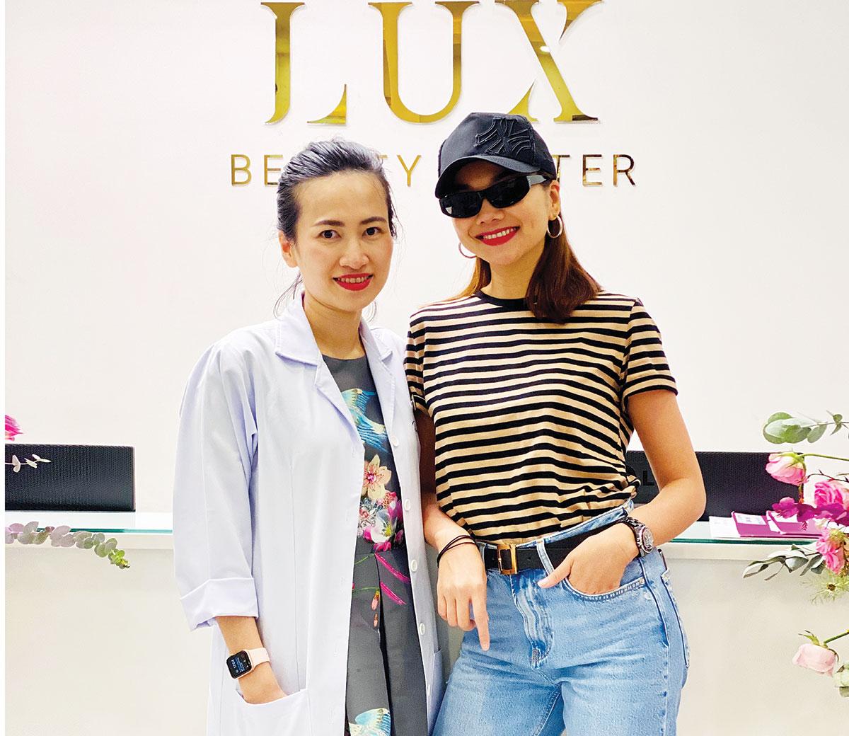 Siêu mẫu Thanh Hằng và bác sĩ Tô Lan Phương.