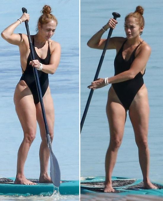 J.Lo tự tin mặc áo tắm khoét cao ở phần hông.