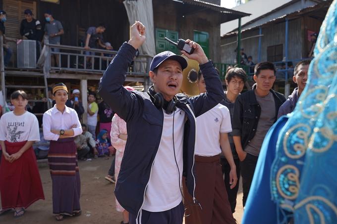 Đạo diễn Lý Hải chỉ đạo cảnh quay quy tụ khoảng 1.000 diễn viên quần chúng.