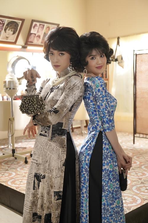 Ngô Kiến Huy đọ dáng với Ngọc Trinh ở hậu trường phim Em là của em.