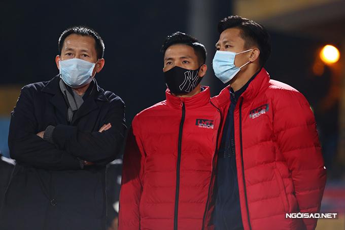 HLV Trương Việt Hoàng thừa nhận sự vắng mặt của Bùi Tiến Dũng và Quế Ngọc Hải ảnh hưởng lớn đến sức mạnh của Viettel trong trận đấu này.