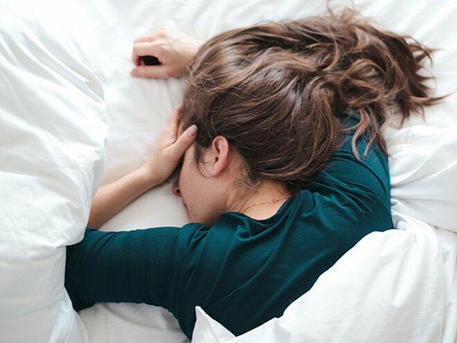 Nhiều người thích ngủ nướng khi trời lạnh nhưng ngủ quá nhiều không tốt cho sức khỏe như bạn tưởng.