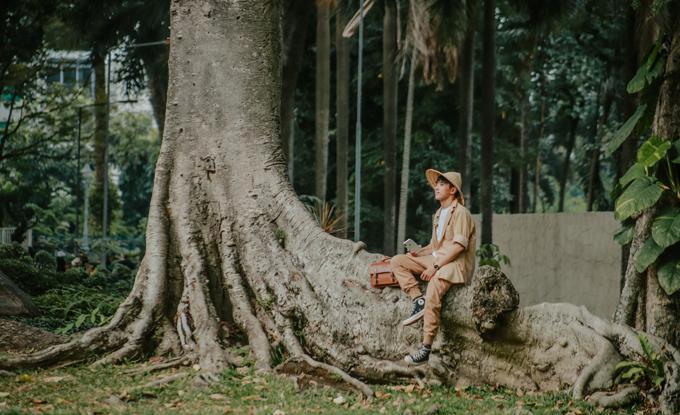 Kỳ Anh chia sẻ: Thảo Cầm Viên là nơi bảo tồn và nuôi dưỡng hàng nghìn loài động vật, thực vật, có loài đã biết, có loài chỉ thấy trên phim ảnh. Được tận mắt nhìn thấy ngoài thực tế là một điều thú vị, đặc biệt là với các em nhỏ. Nơi ấy lưu giữ tuổi thơ cho nhiều thế hệ người Sài Gòn nói riêng và người ở tỉnh đến tham quan nói chung, trong đó có Kỳ Anh.