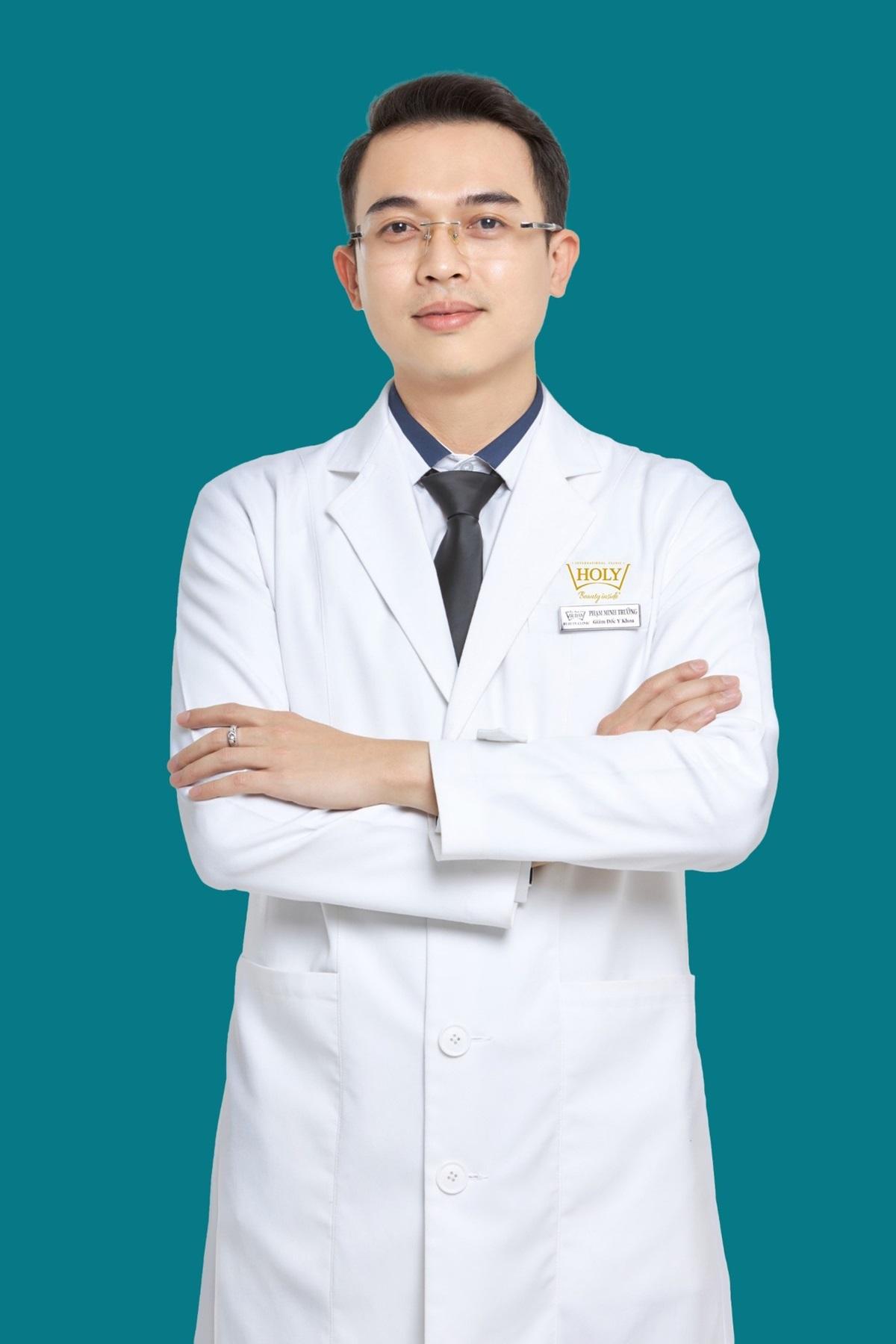 Bác sĩ Phạm Minh Trường có kinh nghiệm 10 năm trong lĩnh vực thẩm mỹ nội khoa.