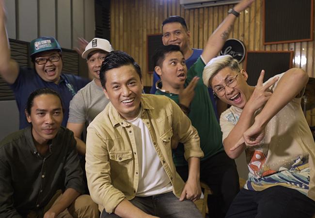 Lam Trường và nhóm MTV.