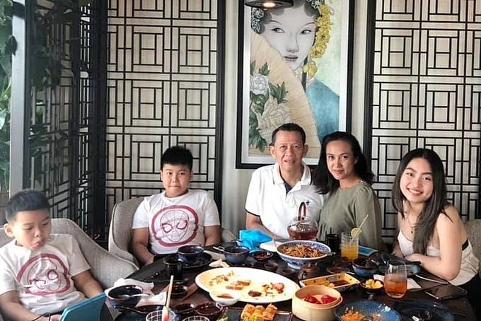 Gia đình của diễn viên Như Phúc.
