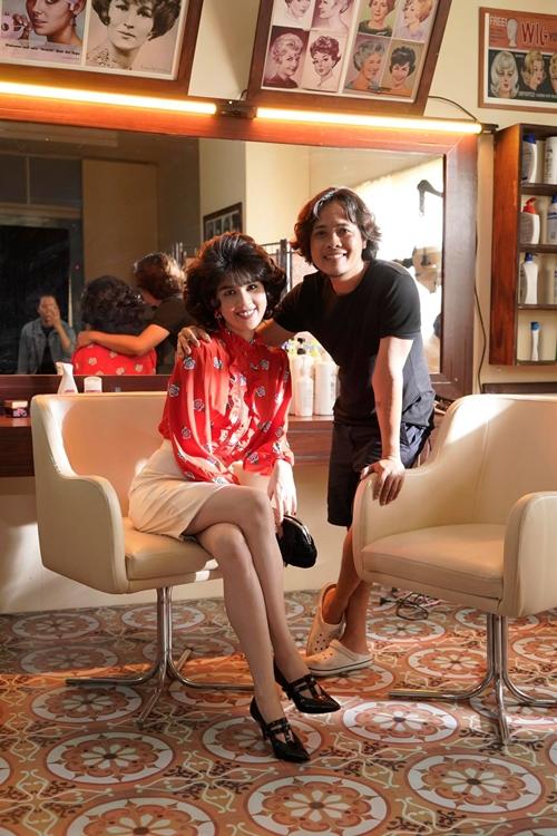 Đạo diễn Lê Thiện Viễn và người mẫu Ngọc Trinh ở hậu trường phim Em là của em.