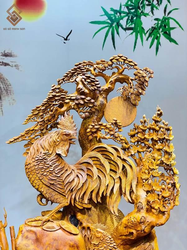 Linh vật Gà nu hương - gà trống trong chữ Hán là đại kê, có âm đồng với chữ đại cát - đại kiết. Đại cát cũng là tên một quẻ bói tốt nhất trong Bát quái. Vì vậy, hình ảnh con gà trống mang ý nghĩa cầu chúc những điều tốt đẹp nhất trong cuộc sống.