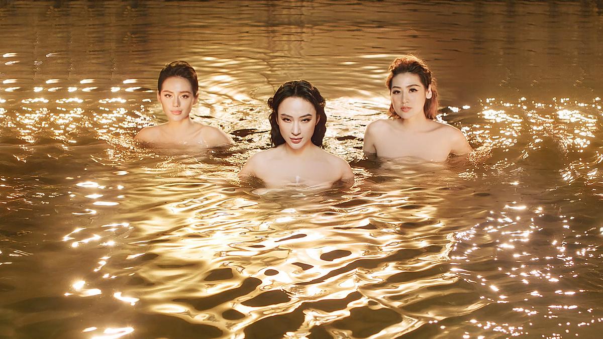 Vẻ đẹp nóng bỏng của 3 nữ thần nhan sắc Lamercy thu hút nhiều sự quan tâm của người xem.