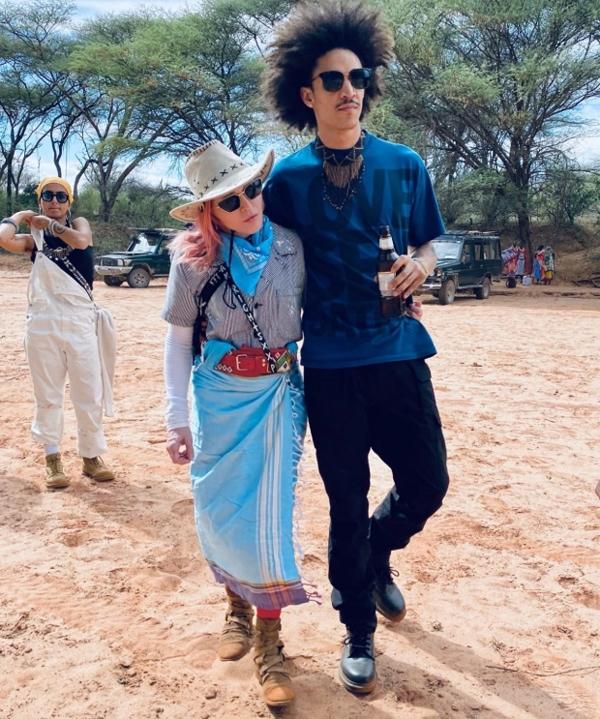 Madonna và người tình kém cô 36 tuổi.