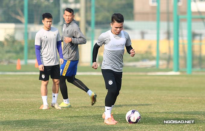 Quang Hải không vào TP HCM dự gala bởi anh trượt top 3 hạng mục Quả bóng vàng nam.
