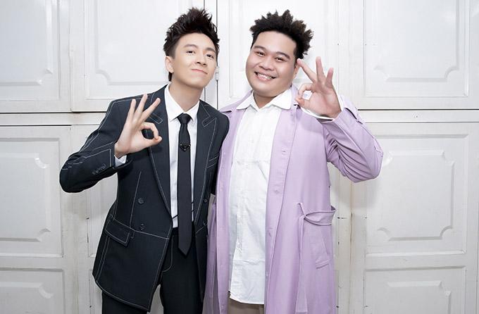 Ngô Kiến Huy mặc bảnh bao cùng Yuno Bigboi tổ chức buổi ra mắt MV 72 phép thần thông. Chàng Bắp đóng vai Tôn Ngộ Không còn Yuno là Trư Bắt Giới trong sản phẩm âm nhạc mới, thu hút gần 1 triệu lượt xem sau chưa đầy một ngày phát hành trên YouTube. Ngô Kiến Huy chia sẻ, MV mở màn năm 2021 là dự án được đầu tư nhất trong sự nghiệp của anh, tính đến nay. Yuno Bigboi đảm nhận vai trò rapper và viết lời phần rap cho MV.