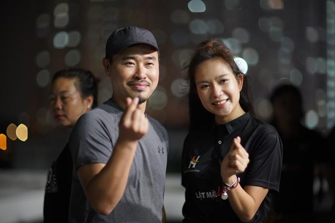 Đạo diễn hành động Kim Jung Min và nhà sản xuất Minh Hà trên trường quay Lật mặt: 48h.