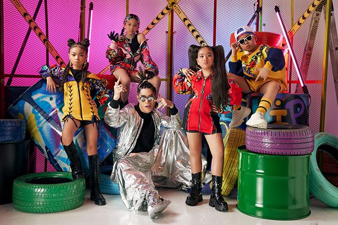 Khởi động cho chuỗi dự án năm 2021, đạo diễn Nguyễn Hưng Phúc sẽ tổ chức chương trìn kết hợp giữa thời trang và âm nhạc mang phong cách rap - hiphop.