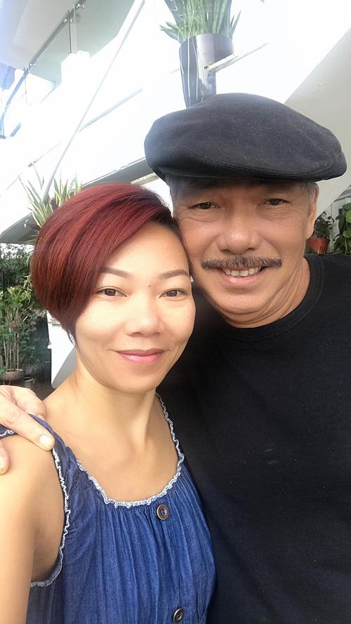 Ca sĩ Hà Trần bên nhạc sĩ Trần Tiến.