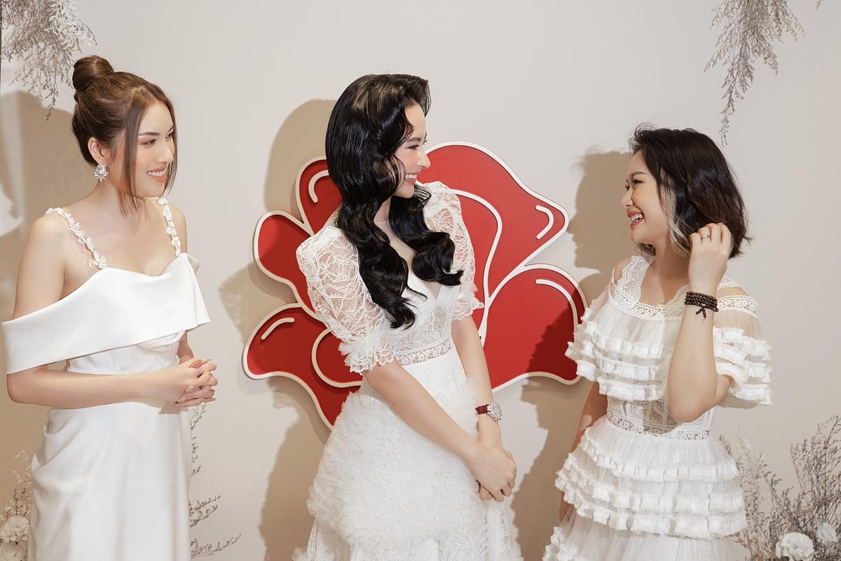 Angela Phương Trinh trở lại showbiz với vai trò là đại sứ thương hiệu thời trang Cindy C.