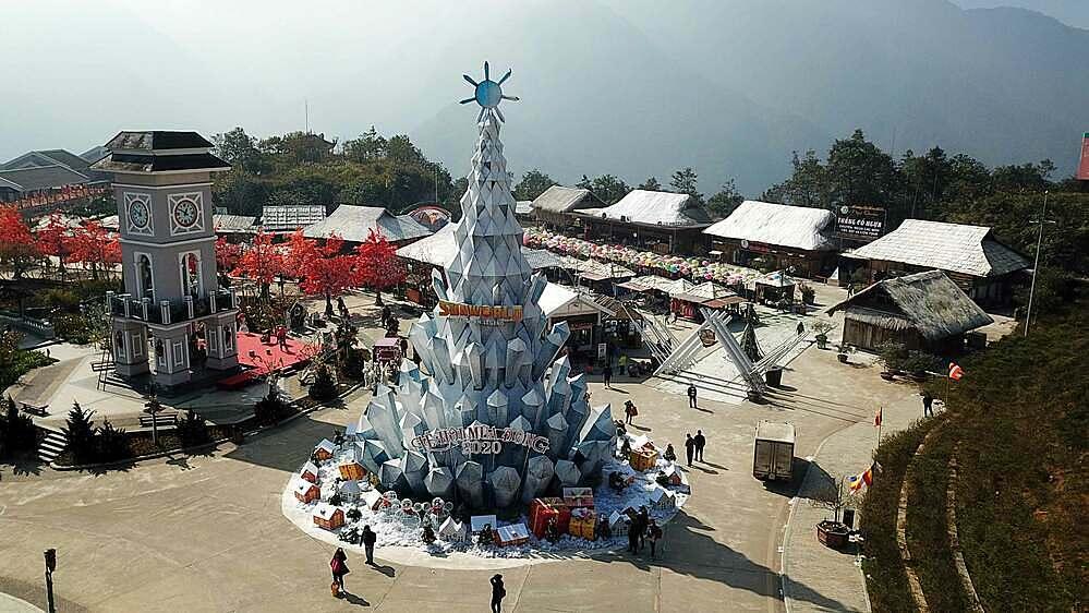 Khám phá lễ hội mùa đông tuyết phủ trên Nóc nhà Đông Dương (xin edit) - 6
