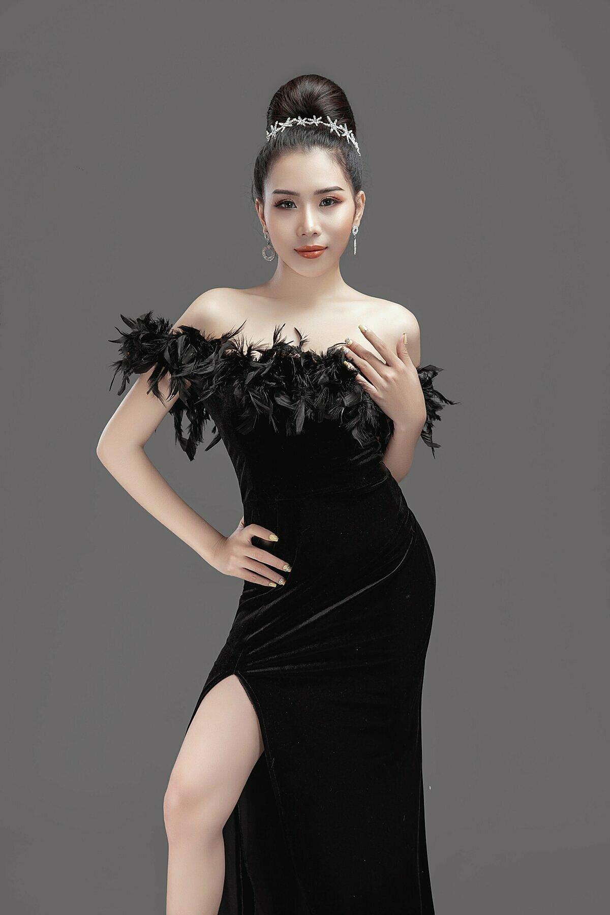 Du Thảo, nghệ danh khi livestream là duthao68 được công nhận là một trong những idol hàng đầu đại diện cho Việt Nam tại lễ trao giải.