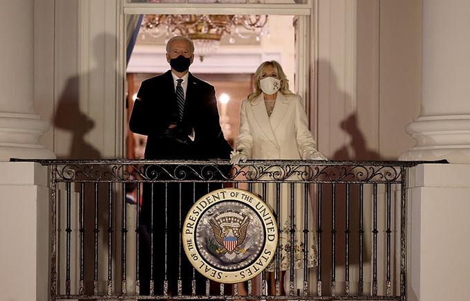 Vài giờ sau lễ nhậm chức ở Điện Capitol, ông Joe Biden đã