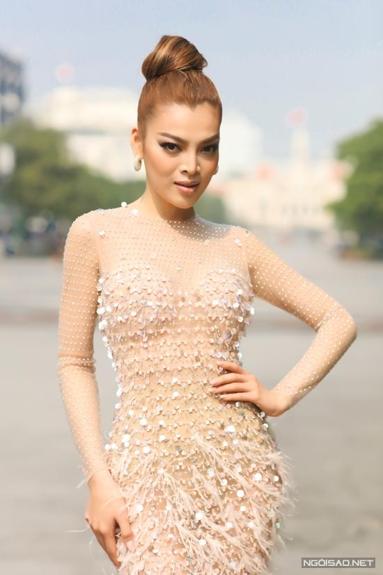 Hoa hậu Trân Đài:  - 2