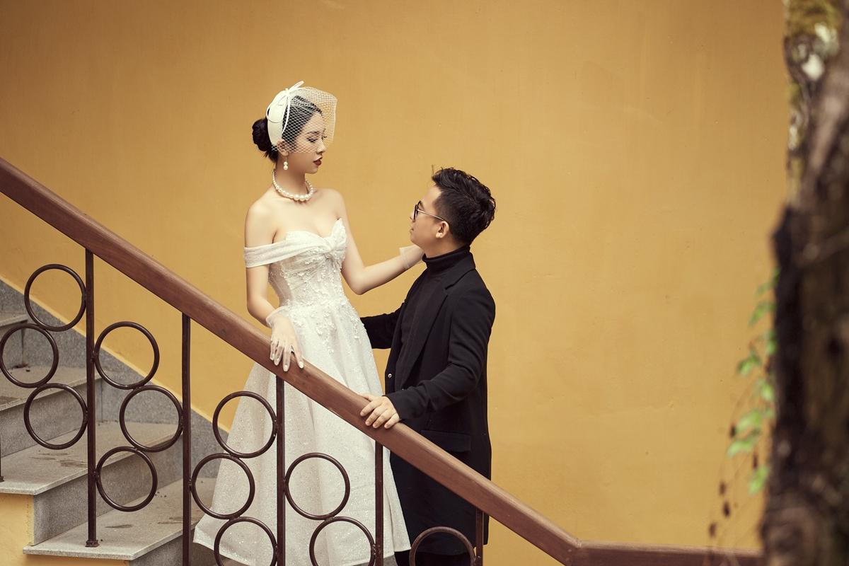Á hậu Thúy An tình tứ bên chồng tiến sĩ ở Đà Lạt - 8