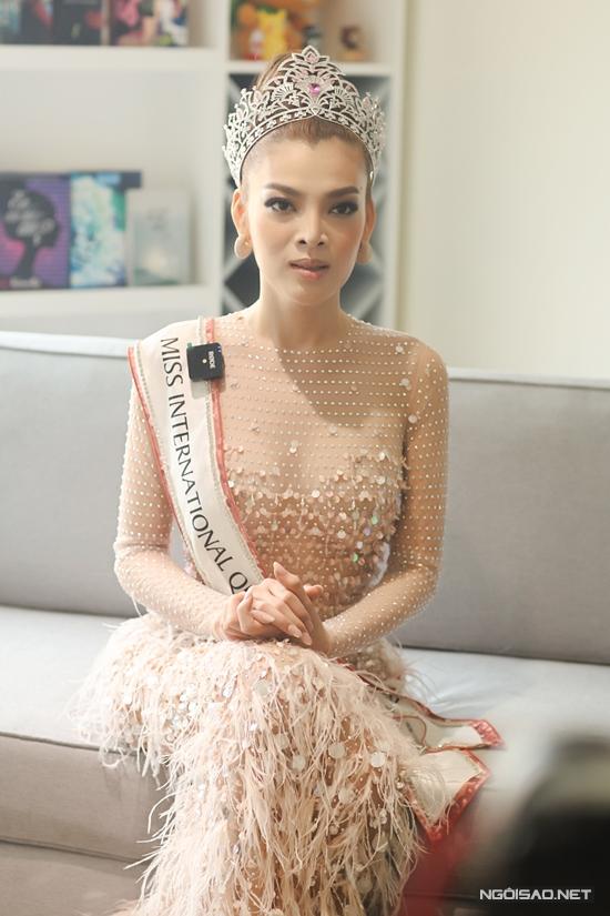 Hoa hậu Trân Đài:  - 10