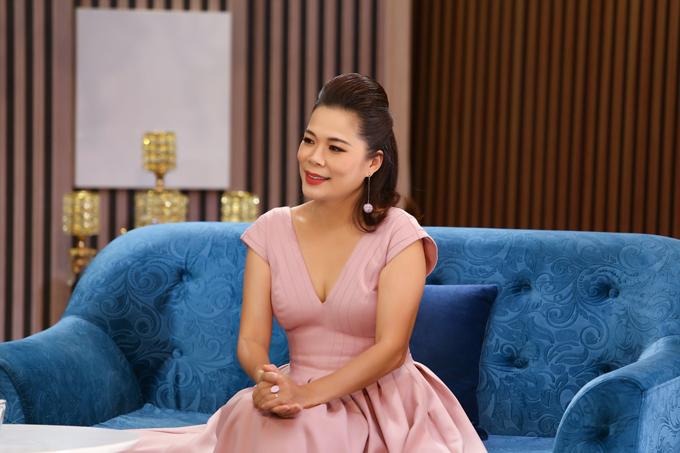 Chuyện Cuối Tuần 2021 với chủ đề Theo chồng bỏ cuộc chơi cùng cuộc trò chuyện giữa MC Ngô Như Quỳnh, Tiến sĩ tâm lý Tô Nhi A và ca sĩ Mỹ Lệ sẽ được phát sóng vào 21h45 thứ bảy ngày 24/1/2021 trên kênh VTV9.