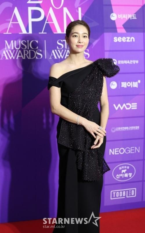 Diễn viên Lee Min Jung - vợ tài tử Lee Byung Hun.